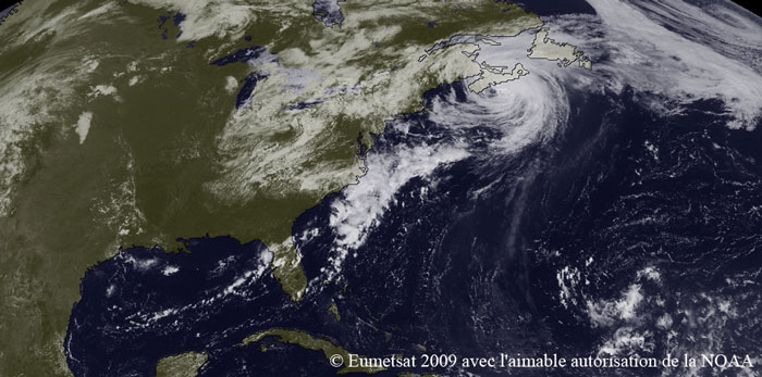 Photo satellite du cyclone BILL